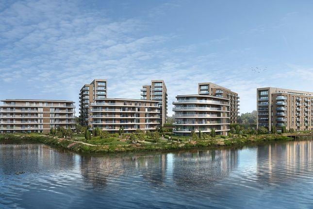 1 bedroom flat for sale in Bankside Gardens, Longwater Avenue, Green Park, Reading, Berkshire