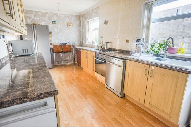 Kitchen of Westfield Approach, North Greetwell, Lincoln LN2