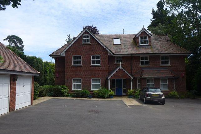 Thumbnail Flat to rent in Ringwood Road, Ferndown