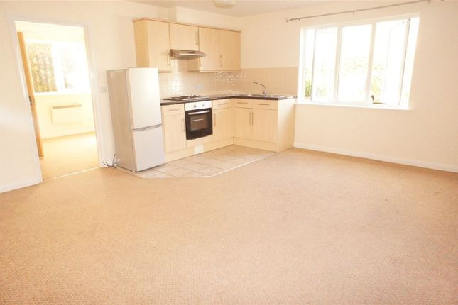 Thumbnail Flat to rent in The Weint, Drift Way, Colnbrook, Berkshire