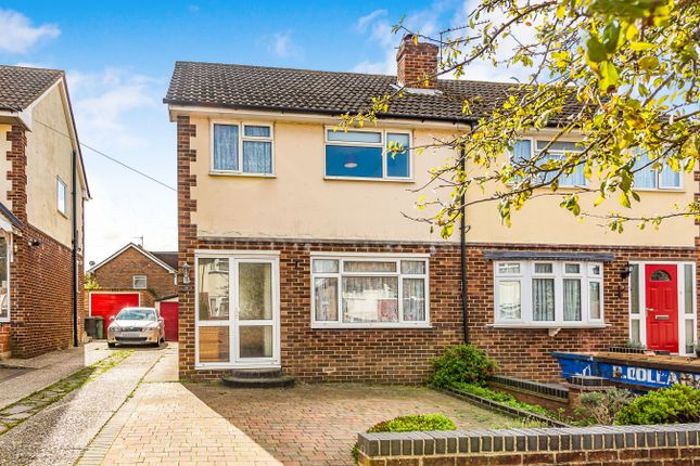 Thumbnail Semi-detached house to rent in Sheppard Road, Basingstoke