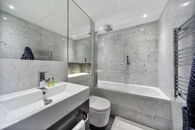 Bathroom of 130, Elephant Road, London SE17