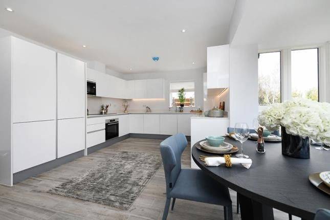 3 bed semi-detached house for sale in Hardings Elms Road, Crays Hill, Billericay CM11