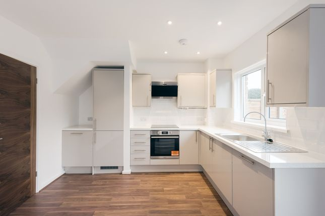 Thumbnail End terrace house to rent in Whitings Close, Harpenden