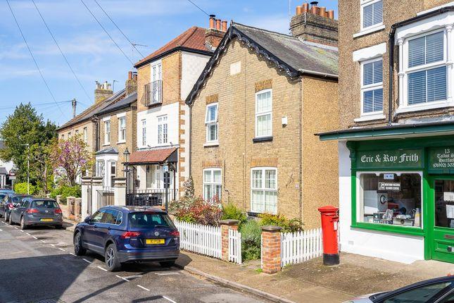 3 bed property to rent in Talbot Street, Hertford SG13