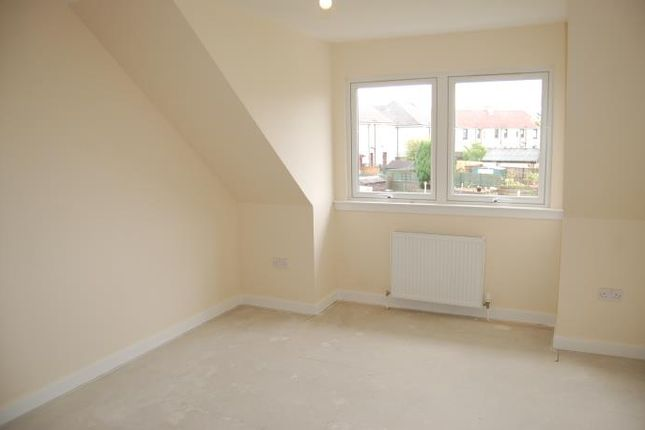 Thumbnail Flat to rent in Main Street, Overtown, Wishaw