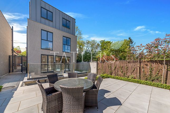 Thumbnail Detached house to rent in Yewtree Close, Alexandra Park Road, London