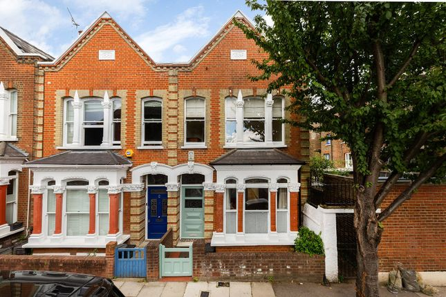 Thumbnail Terraced house to rent in Fergus Road, London