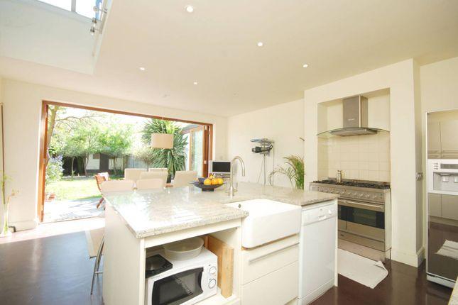 Thumbnail Property to rent in Hamilton Road, South Wimbledon
