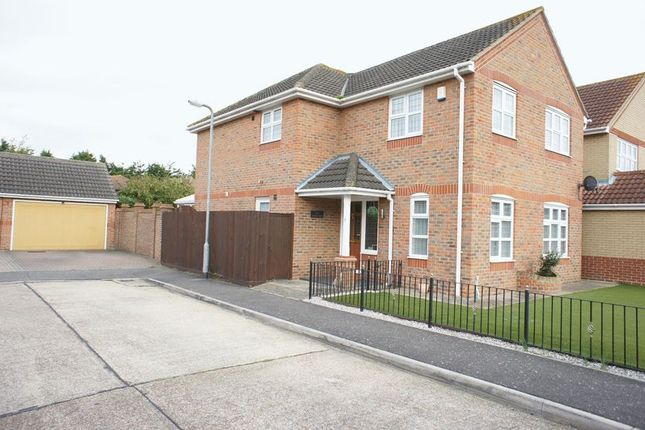 Thumbnail Detached house for sale in Summerlands, Canvey Island
