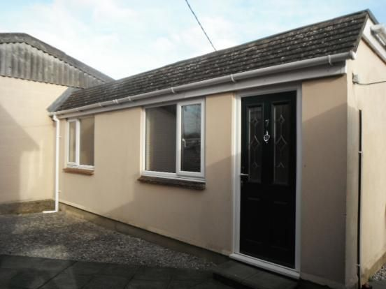Thumbnail Bungalow to rent in Strathmore, Chippenham