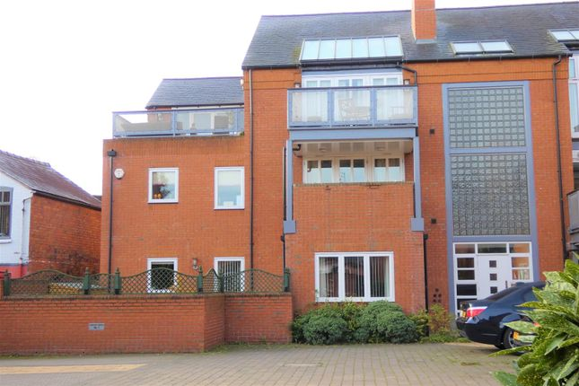 Thumbnail Flat for sale in Printers Place, Mansell Street, Stratford-Upon-Avon