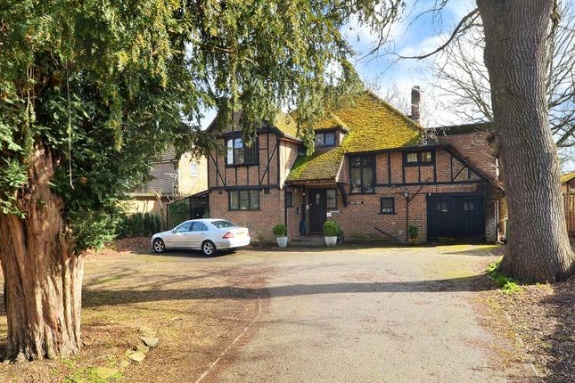 Thumbnail Detached house for sale in Horley, Surrey