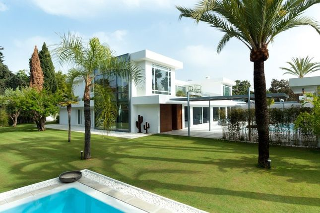Thumbnail Villa for sale in 29670 San Pedro De Alcántara, Málaga, Spain