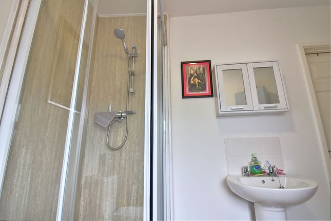 Bathroom of Station Road, Burry Port SA16