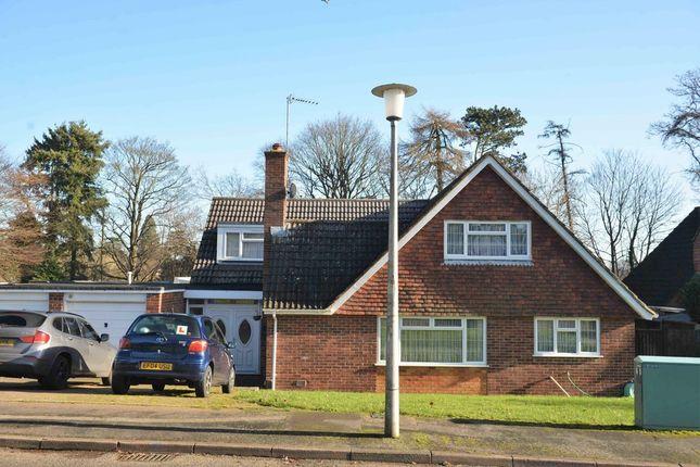 Thumbnail Detached bungalow for sale in Wrensfield, Hemel Hempstead