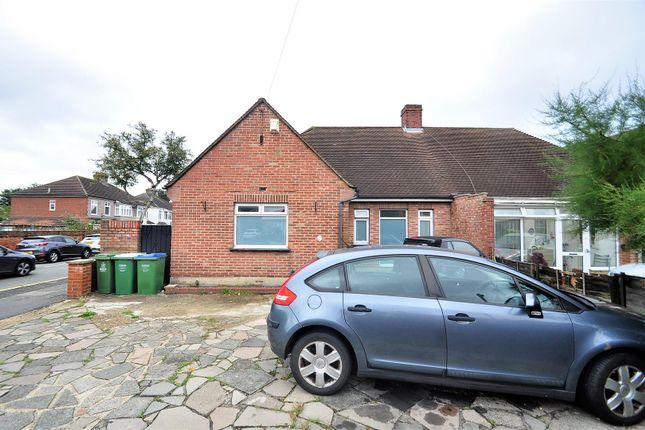 3 bed semi-detached bungalow to rent in Pickford Lane, Bexleyheath DA7