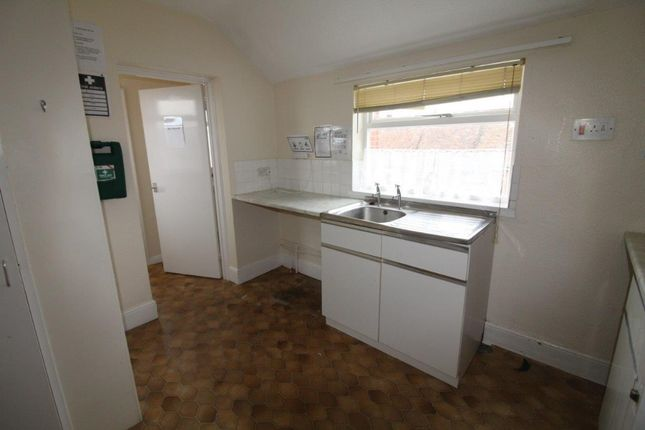 1 bed flat to rent in Felixstowe Road, Ipswich IP3