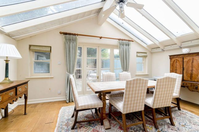 Thumbnail Property to rent in Harwood Mews, Fulham Broadway
