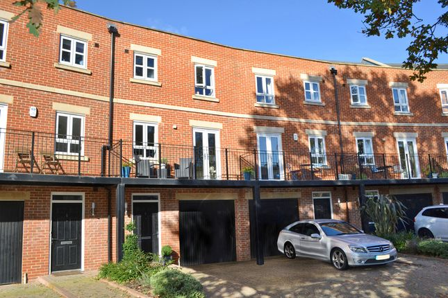 Thumbnail Terraced house for sale in Hennessy Crescent, Newbury