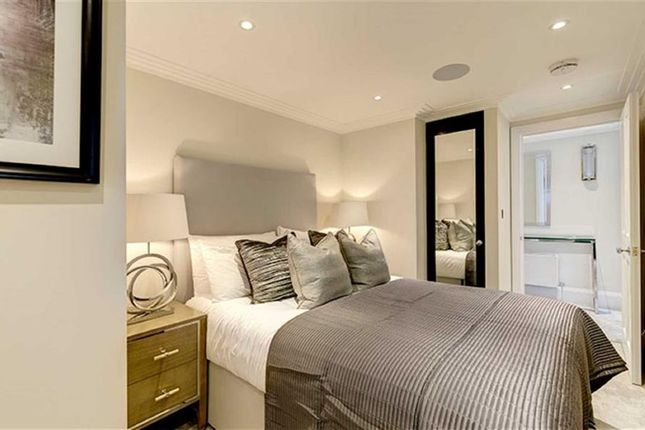 Thumbnail Property to rent in Peony Court Apartments, 13 Park Walk, Chelsea, London