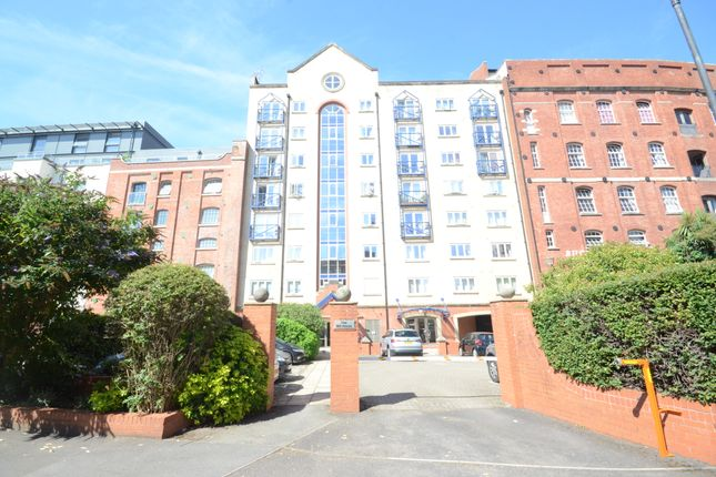 Thumbnail Flat to rent in Ferry Street, Redcliffe, Bristol