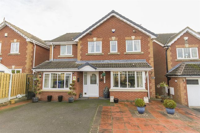 Thumbnail Detached house for sale in Parkside View, Upper Newbold, Chesterfield