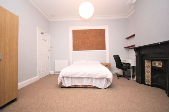 Thumbnail Room to rent in Bedford Park, North Hill, Plymouth