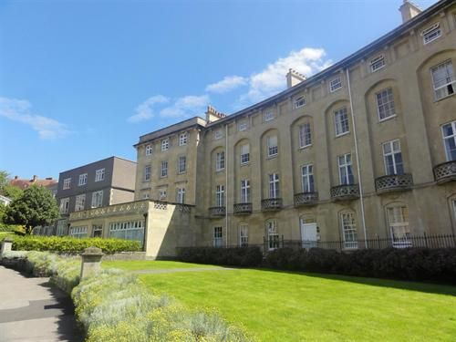 Flat to rent in Royal Crescent, Weston-Super-Mare