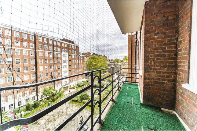 Balcony of Edgware Road, Hyde Park W2