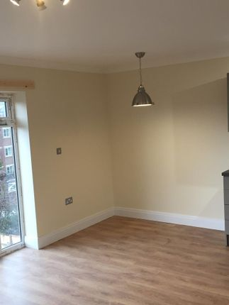 Thumbnail Studio to rent in Alexandra Rd, Southport