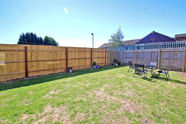 Communal Garden of Stockdale Close, Arnold, Nottingham NG5