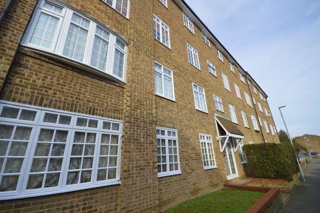 Thumbnail Flat to rent in Sopwith Avenue, Chessington