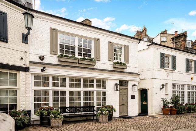 Thumbnail Property for sale in Pont Street Mews, London