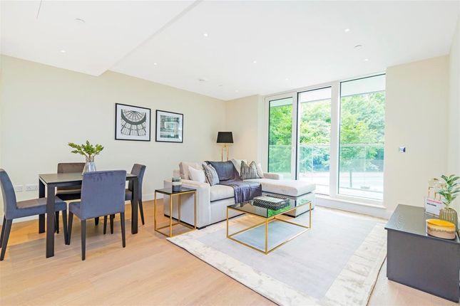 Thumbnail Flat for sale in Altissima House, Vista Chelsea Bridge Wharf, London