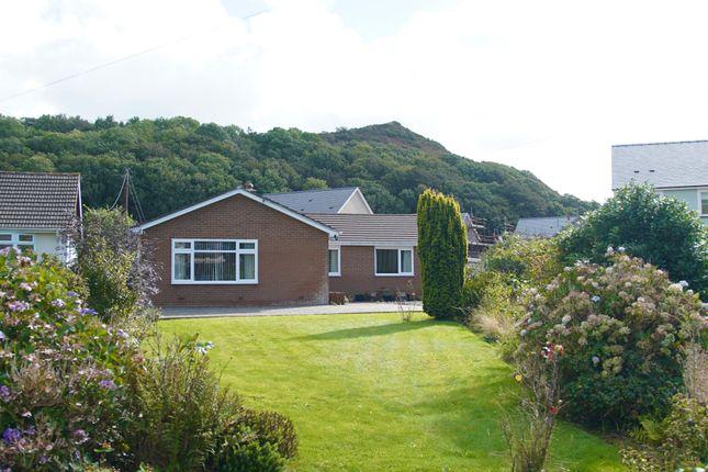 Thumbnail Bungalow for sale in Dollwyn, Llanrhystud, Ceredigion