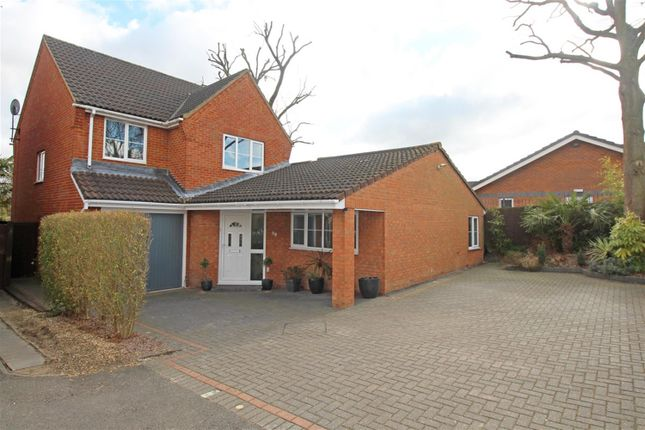 Thumbnail Detached house for sale in Sparrow House, Stevenage, Herts