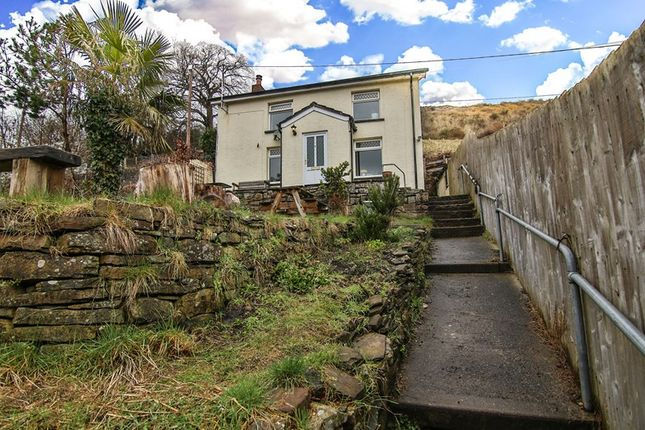 Thumbnail Cottage for sale in Clydach, Abergavenny
