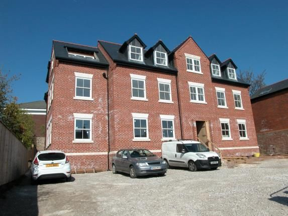 Thumbnail Flat for sale in Serpentine Court, Parkgate Road, Neston