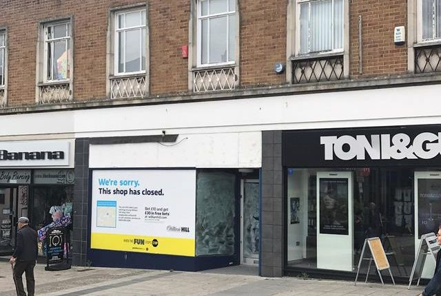 Thumbnail Retail premises to let in 16 Cornwall Street, Plymouth, Devon