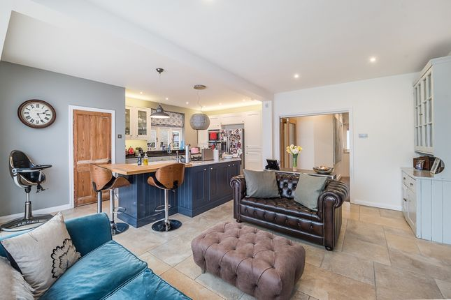 Thumbnail Detached house to rent in Cunningham Avenue, St.Albans