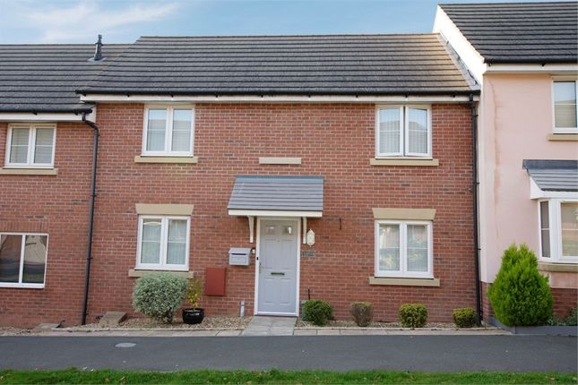 Thumbnail Terraced house for sale in Captains Parade, East Cowes, Isle Of Wight
