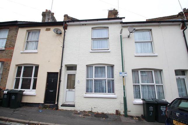 Thumbnail Terraced house for sale in Gordon Road, Dartford