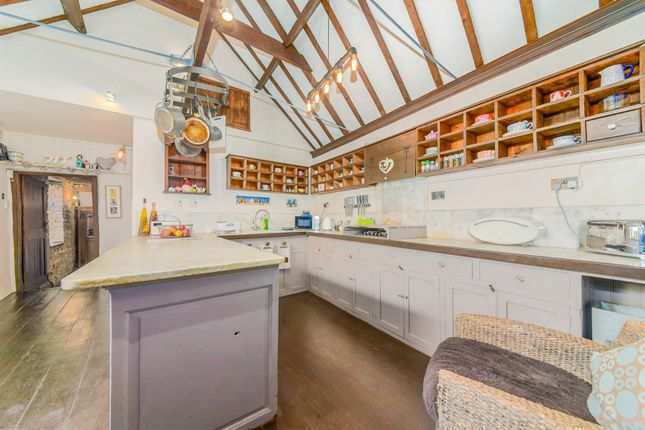 Thumbnail Detached house for sale in North Gate, Newark