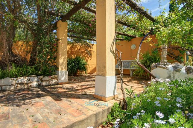 Shady Seating of Silves, Algarve, Portugal