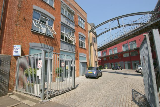 Thumbnail Office to let in Rear Unit, Carysfort Road, London