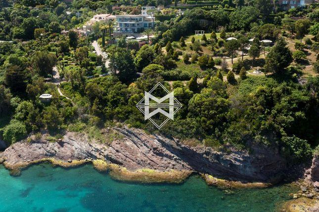 Thumbnail Villa for sale in Théoule-Sur-Mer, 06590, France