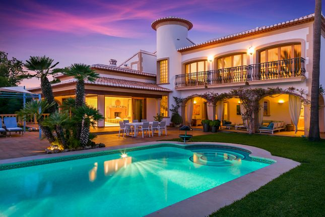 Thumbnail Villa for sale in Javea, 03730, Spain
