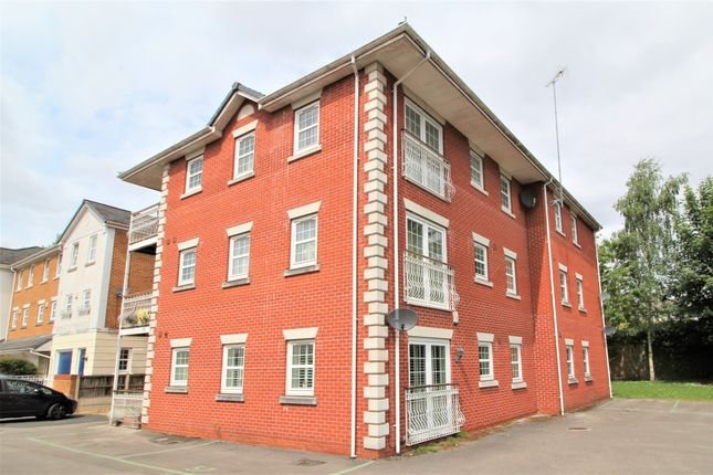 Thumbnail Flat to rent in Chaplain Close, Manchester