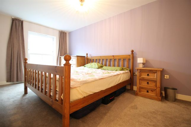 Bedroom 1 of The Gallery, Hope Drive, The Park NG7